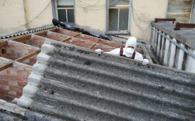 Retirada de amianto de un tejado en Herrera de Pisuerga