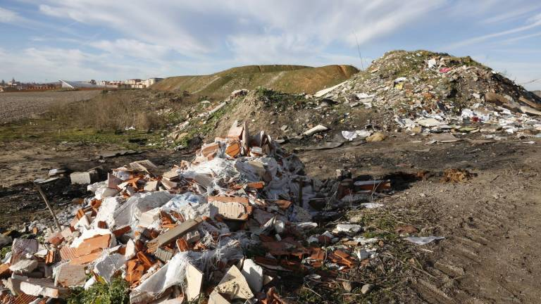 Contenedores de escombros para evitar multas